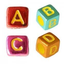 Perles lettres acryliques mélangées Metallic rainbow +/- 310 pieces