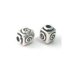 cube 8mm dessin spirale